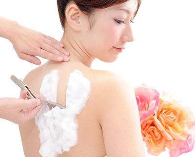 花嫁のためのブライダルシェービングコース特集。東京にあるシェービングサロンや理容室の、結婚式のためのシェービングコースを紹介