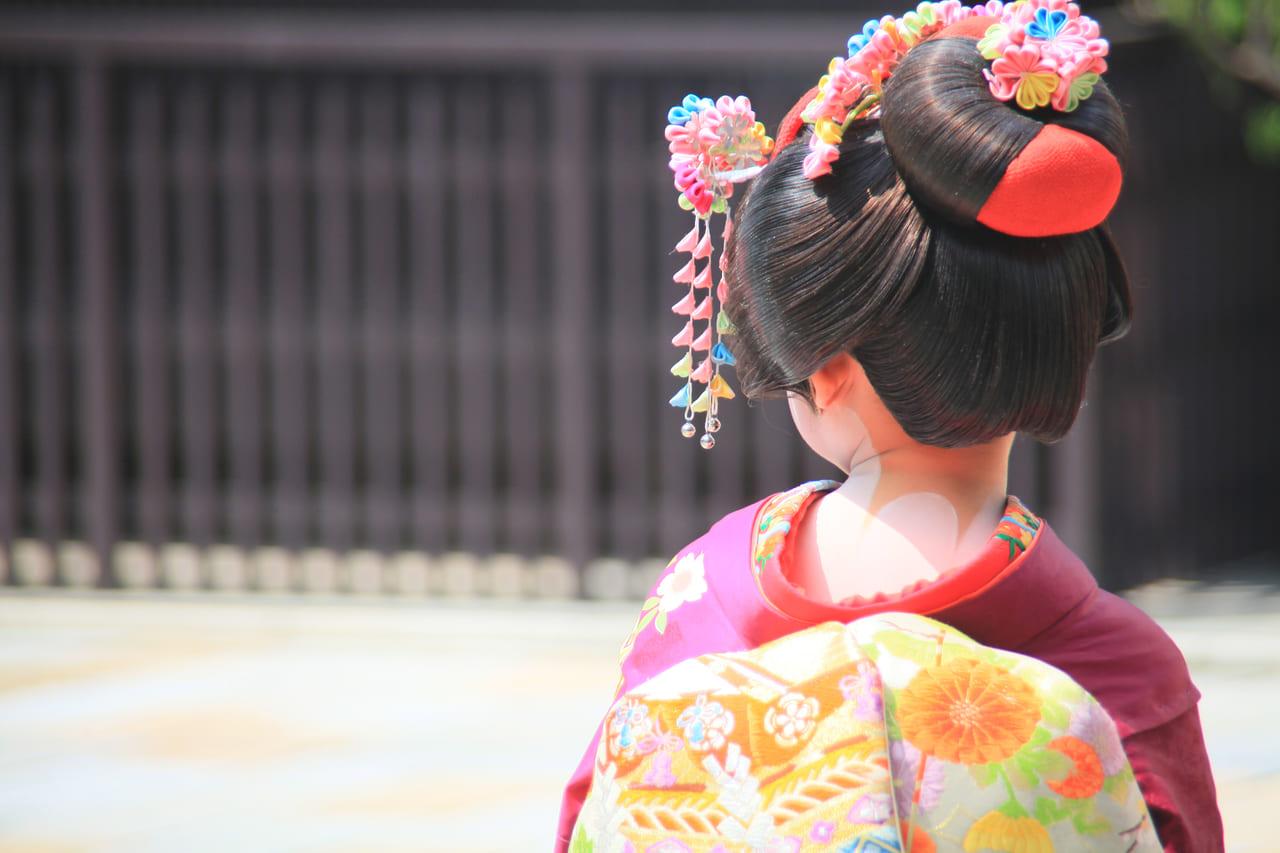 舞妓さんもやっている日本髪